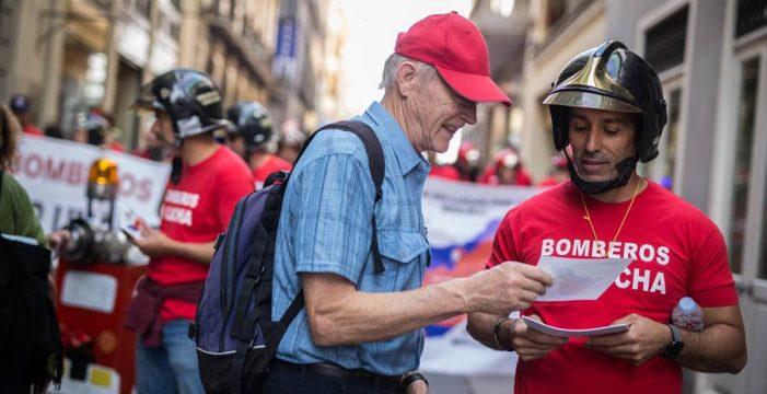 Los bomberos piden el compromiso del Cabildo para desbloquear el conflicto con más rapidez