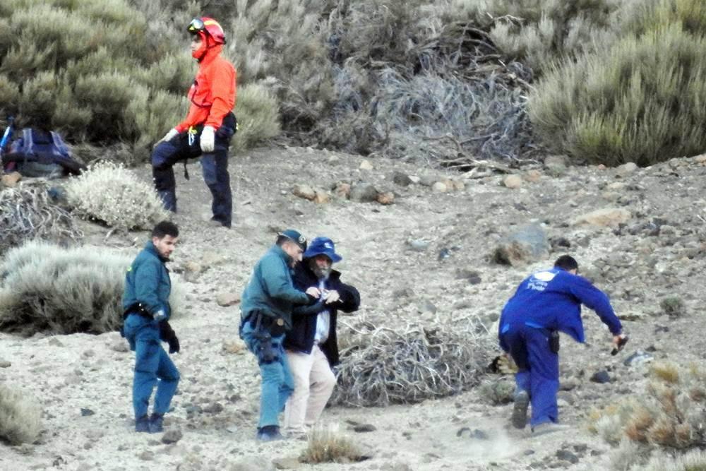Momentos del rescate de los atrapados en las cabinas. | S. M.