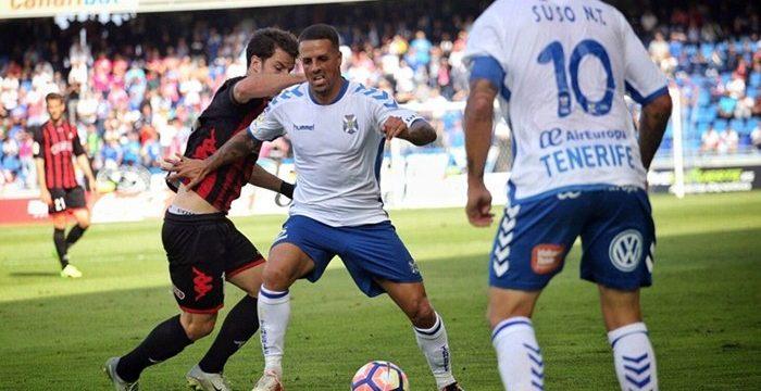 El Tenerife pierde el ritmo ante un Reus muy aplicado