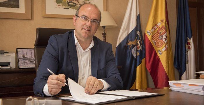 """Pestana: """"Puertos tiene una deuda histórica con Santa Cruz"""""""
