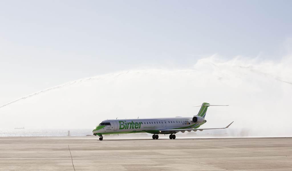Bautizo y presentación del nuevo avión de Binter. | CEDIDA