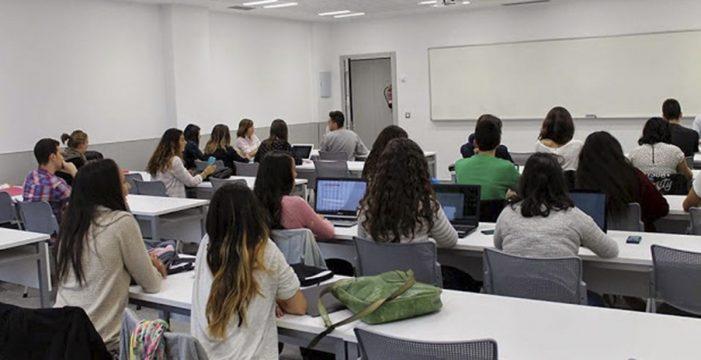 Un grupo de expertos apoya la importancia de estudiar varias lenguas