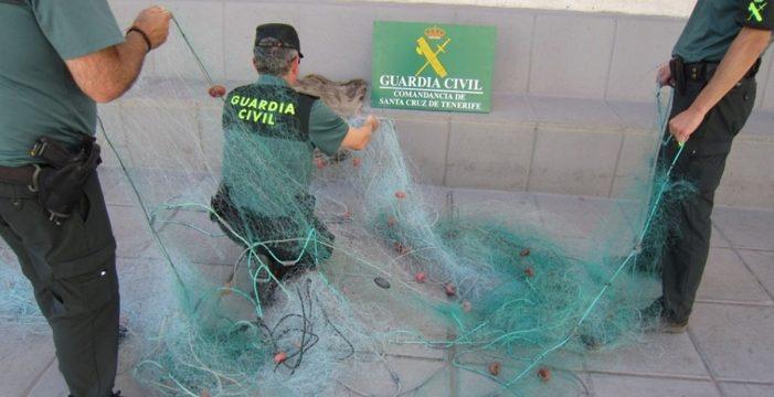 Interponen catorce denuncias a tres personas por pesca ilegal en Candelaria