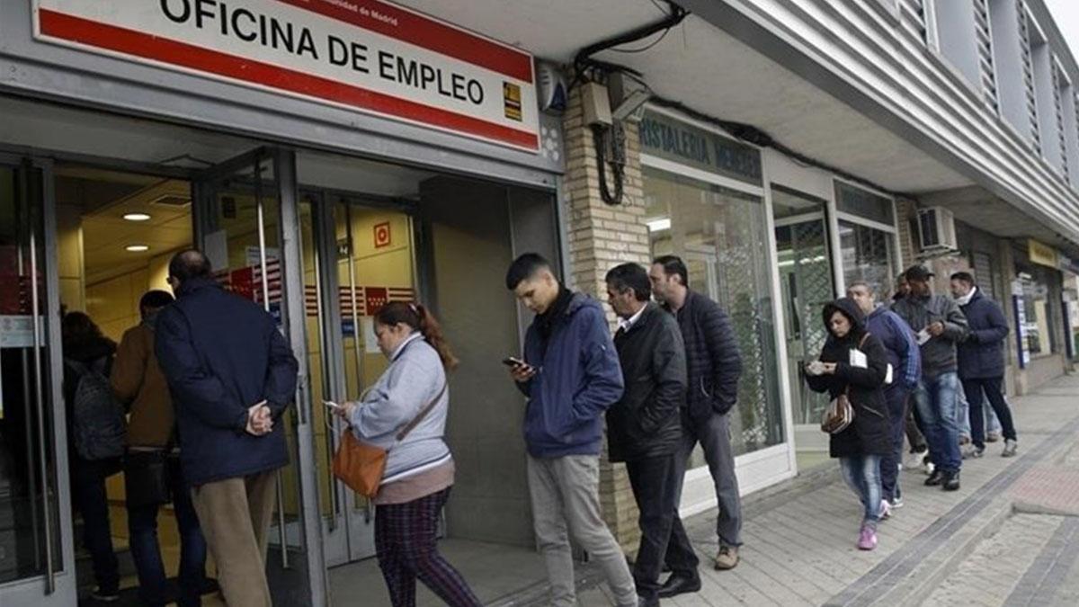 Canarias entre las diez regiones con m s paro de la uni n for Oficina empleo canarias