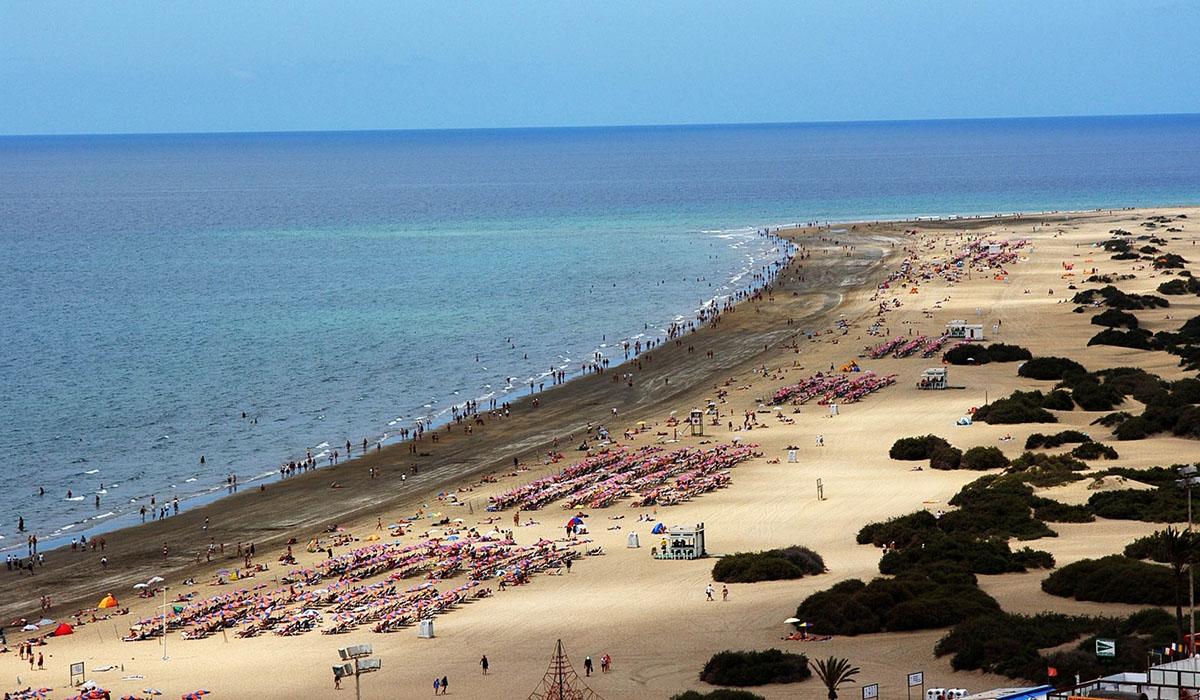 Playa del ingl s y puerto de la cruz en el top 10 de - Hoteles baratos en el puerto de la cruz ...