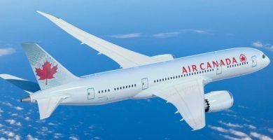 Air Canadá prohíbe embarcar a un niño que iba de vacaciones con su familia por 'overbooking'