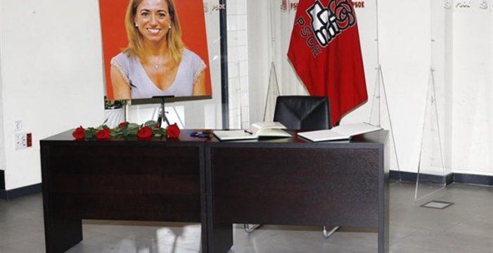 Emocionante despedida a Carmen Chacón en la sede del PSOE