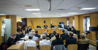 Solo se condena a seis de los trece acusados, pero con máximas penas