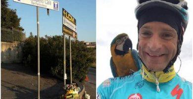 La entrañable historia del loro de Scarponi: sigue esperando al ciclista en el lugar donde falleció