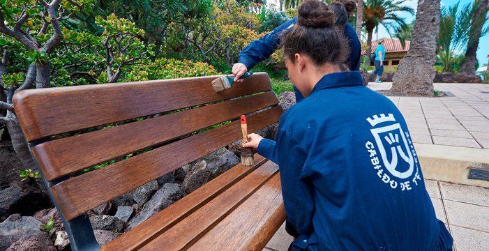 137 Trabajadores mejoran la imagen de las zonas turísticas en Tenerife