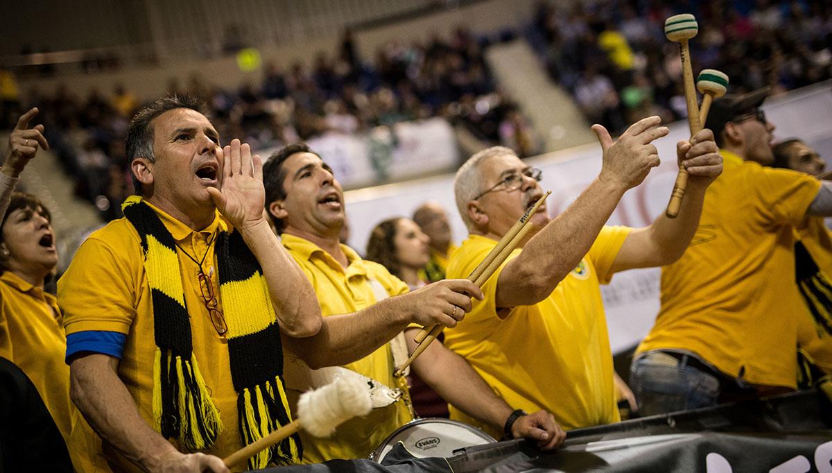 La afición del Club Baloncesto Canarias llenará el Pabellón Insular Santiago Martín en la cita más importante de la historia de la entidad aurinegra. Andrés Gutiérrez