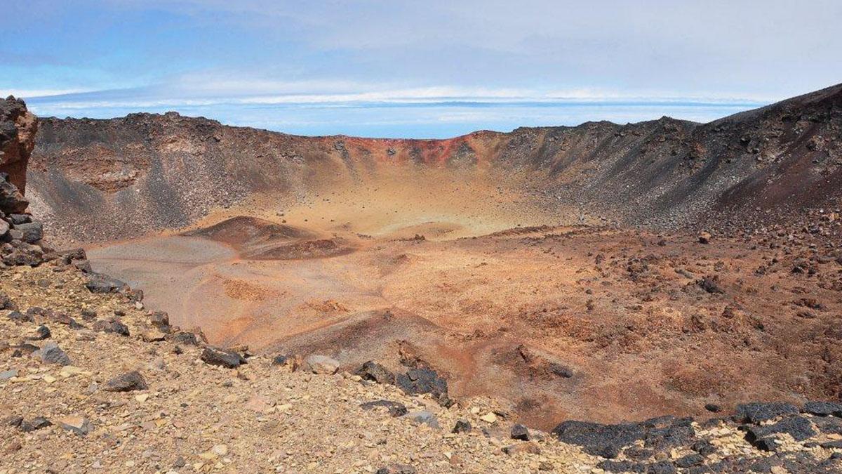 Imagen panorámica del gran cráter de Pico Viejo. L. E.