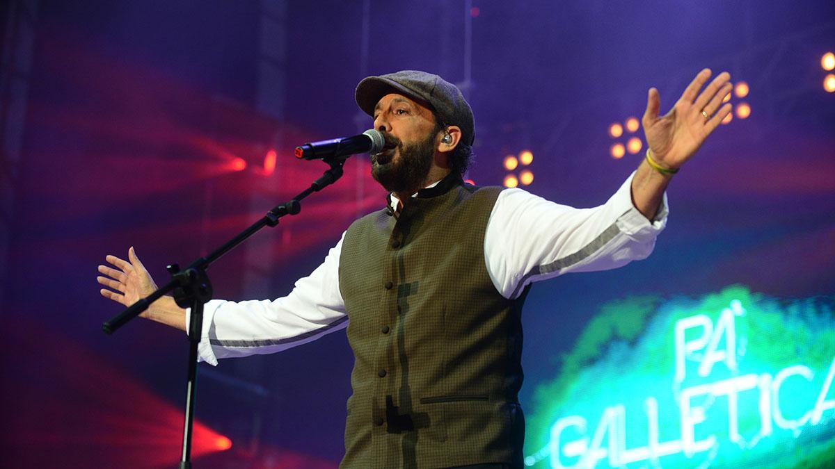 El artista latinoamericano, durante su último concierto en la Isla, que tuvo lugar en la explanada del Parque Marítimo de la capital. Sergio Méndez