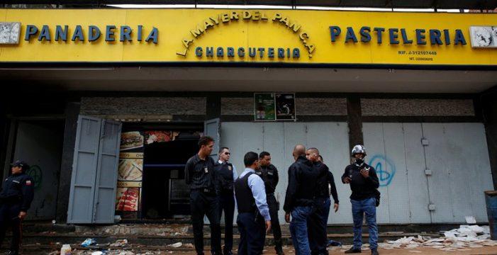 Diez muertos, entre ellos ocho electrocutados, durante saqueos en Caracas