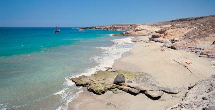 La playa adejera de Diego Hernández vuelve a quedarse sin chabolas ni cabañas