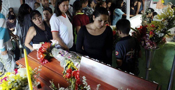 Una nueva muerte a las afueras de Caracas eleva a diez los fallecidos en las protestas