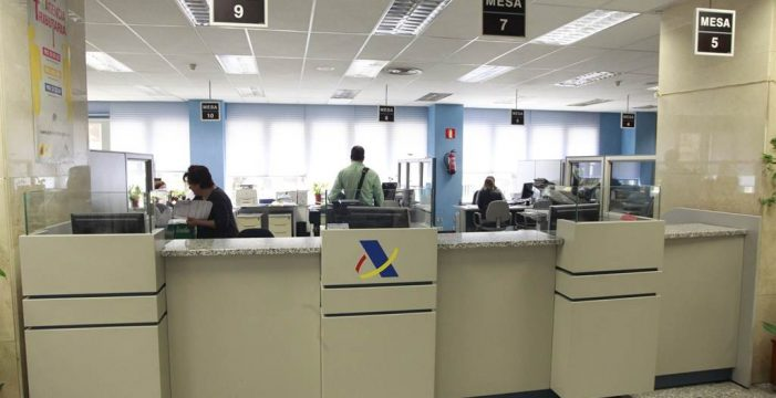 Hacienda devuelve 52,8 millones en Canarias en los primeros 15 días de campaña de la Renta
