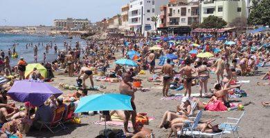 Recuperada una mujer de 72 años de un ahogamiento en la Playa de El Médano