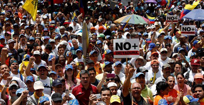 La oposición venezolana se moviliza contra el Gobierno por tercera vez esta semana