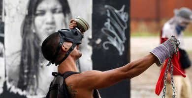 La Fiscalía de Venezuela eleva a 15 el balance de muertos desde que arrancaron las protestas