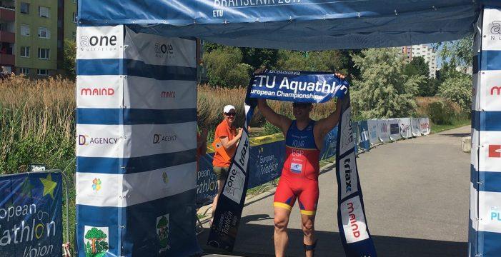 El candelariero Juan Jesús Aguiar, campeón de Europa de acuatlón