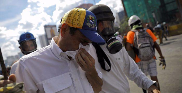 """Capriles resulta herido y denuncia que fue """"emboscado"""" por la Guardia Bolivariana"""