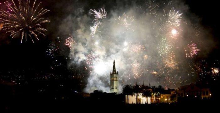 El Cabildo aprueba la reducción de decibelios en fiestas con pirotecnia