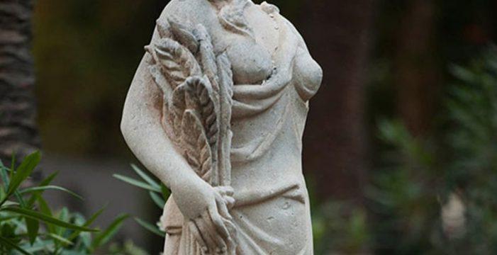 Identifican a los menores que decapitaron una estatua en el García Sanabria