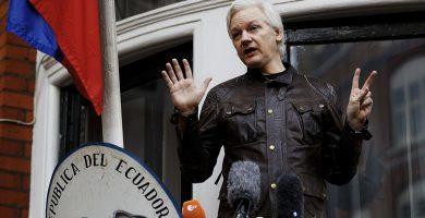 """Assange considera una """"gran victoria"""" el archivo de la investigación por supuesta violación"""