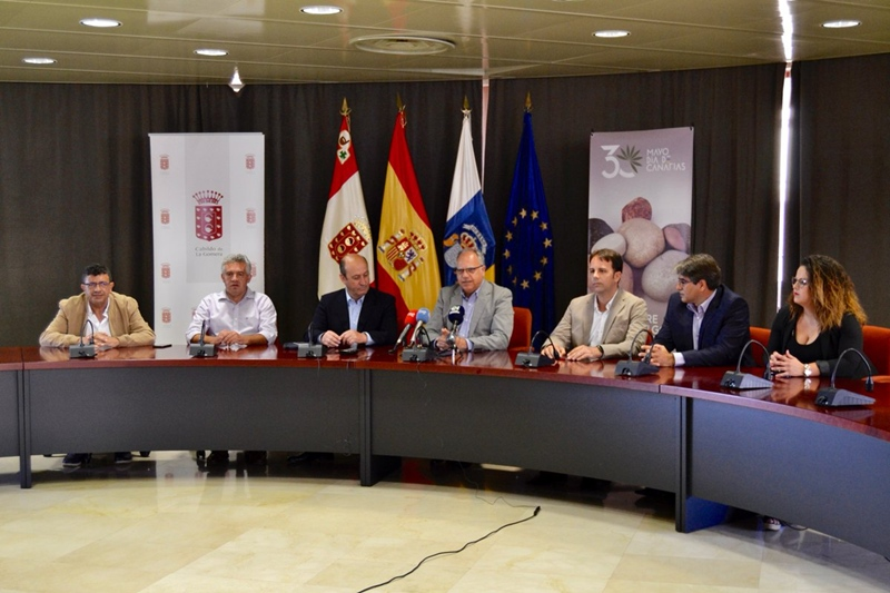 Luchada Institucional Día de Canarias en La Gomera
