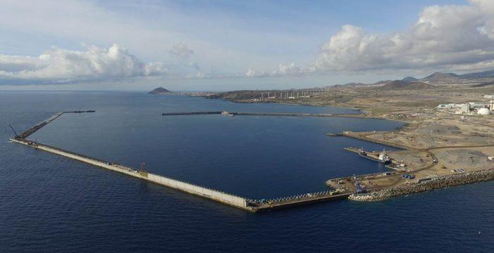 """""""El puerto de Granadilla acabó con la frivolidad ambiental histórica de las obras públicas"""""""