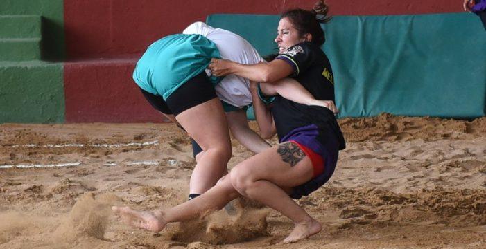 Las mujeres toman un mayor protagonismo en la lucha canaria
