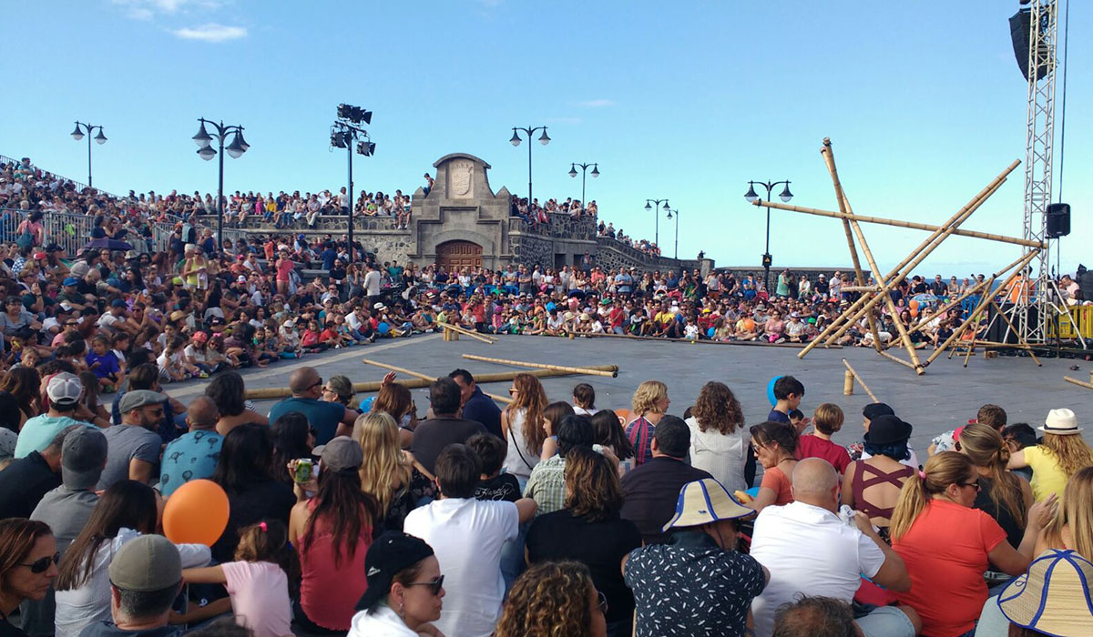 'Mueca' vuelve a llenar las calles del Puerto de la Cruz