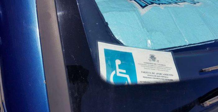 Retiran por mal uso diez tarjetas de parking para personas con discapacidad
