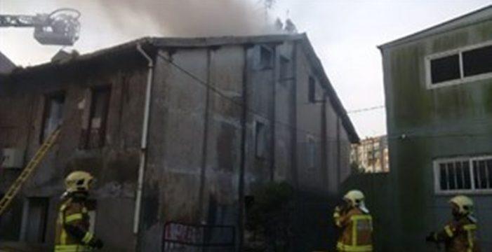 Cuatro muertos, entre ellos un bebé, y diez heridos en un incendio en Zorroza