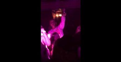 Justin Bieber se olvida de la letra de 'Despacito' en pleno concierto