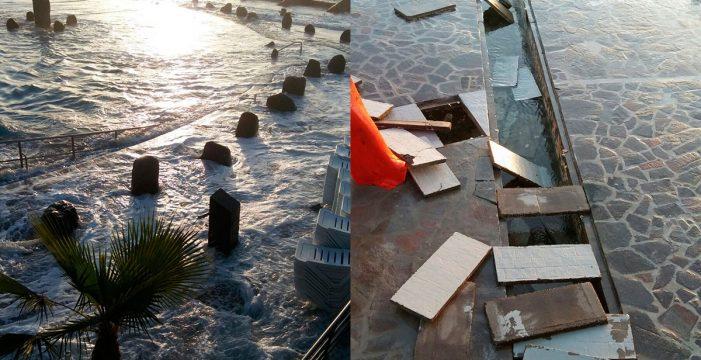 El fuerte oleaje causa graves desperfectos en la piscina de Candelaria