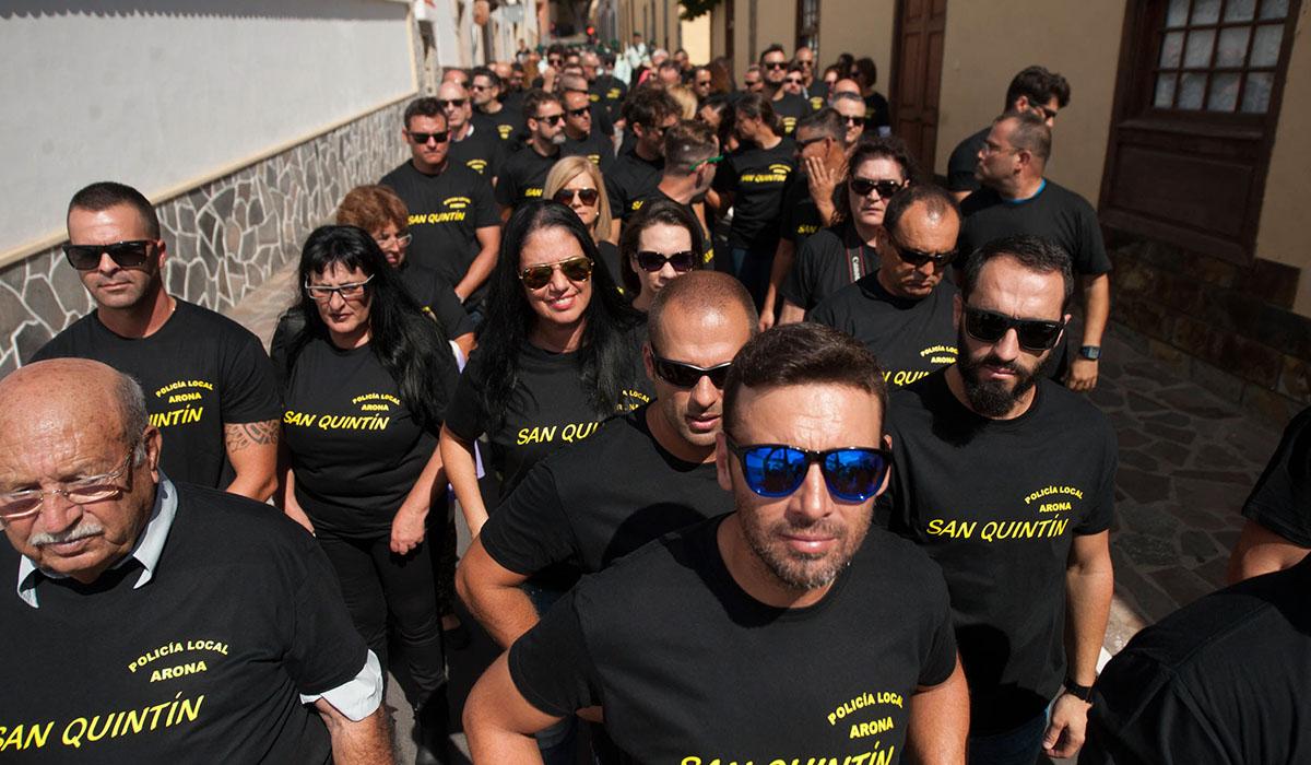 Un grupo de policías locales, en la última celebración de su patrón, San Quintín, en una jornada festiva, pero también reivindicativa. Fran Pallero