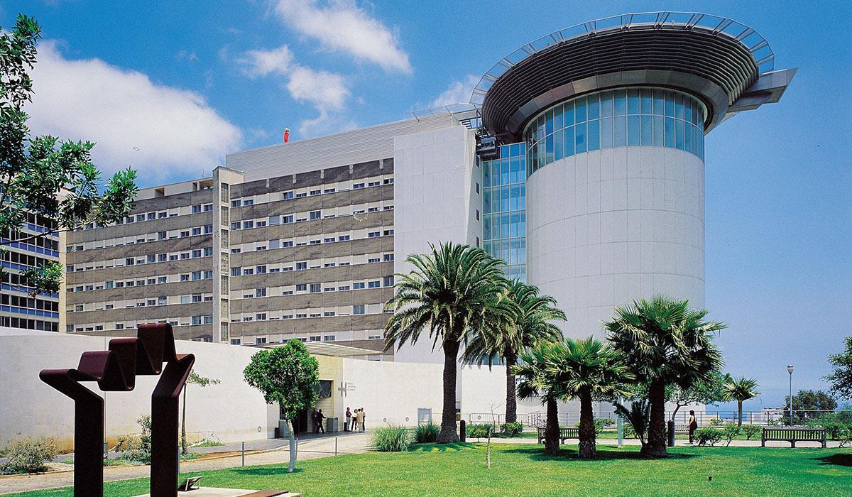 Los enfermos oncológicos del Norte reciben tratamiento en el HUC. DA