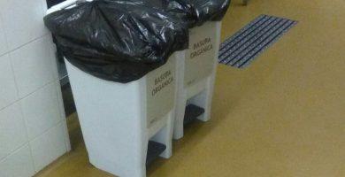 Denuncian que el hospital de El Hierro almacena desechos para los cochinos