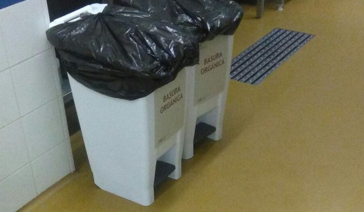 Los residuos procedían de la elaboración de las comidas y de las sobras de las bandejas de los pacientes. DA