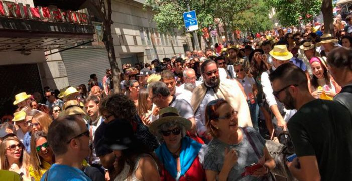 Las calles de Madrid volverán a lucir el traje típico canario