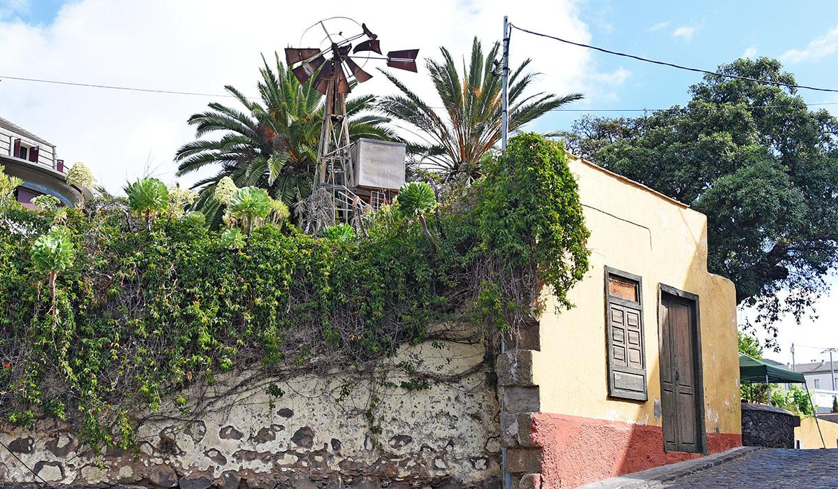 Vista general de la Casa del Barco, con el antiguo molino aún en pie, aunque, lamentablemente, se perdió el barco que dio nombre al inmueble. Sergio Méndez