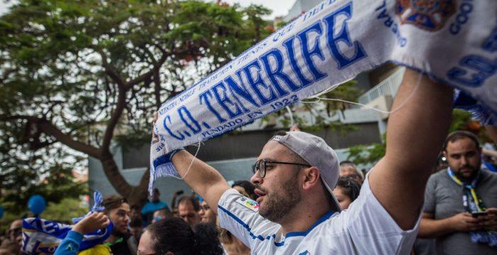 El Tenerife supera la cifra de 10.000 abonados para la 2017/2018