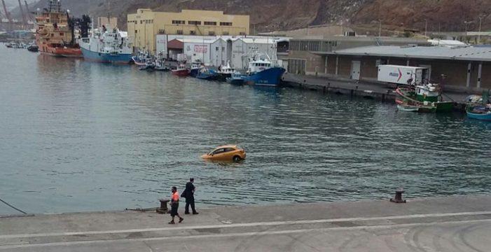 Los dos kamikazes y las caídas de coches en el puerto, por problemas mentales