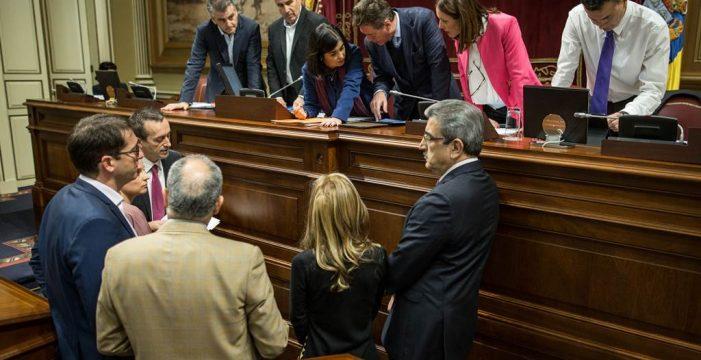 La Ley del Suelo se aprobará con 33 votos y el 'no' de PSOE, Podemos y NC