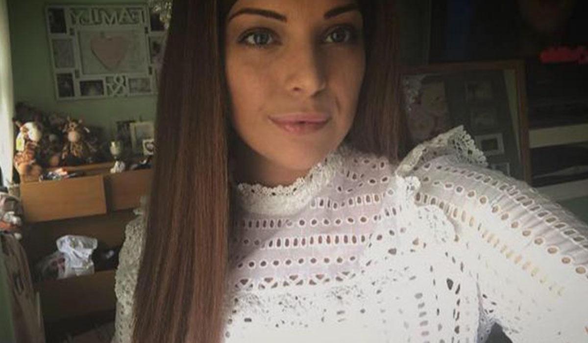 Megan Pryde falleció con 19 años de cáncer de colon. Mirror