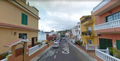 Un motorista, herido de carácter moderado tras sufrir una caída en Tenerife