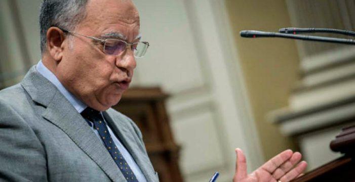 Casimiro Curbelo baraja la posible entrada en el Gobierno de Clavijo