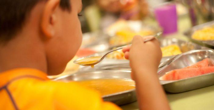 Los comedores de verano tendrán 2.300 niños, la mitad que en 2014